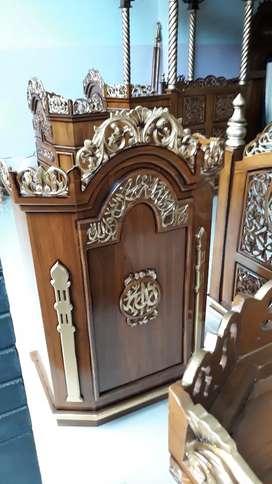 Mimbar masjid salina kayu jati