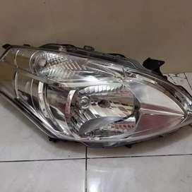 Headlamp Lampu Depan Suzuki Ertiga 2013