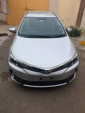 New Face upLifted Corolla gLi end of 2017model in mint condition