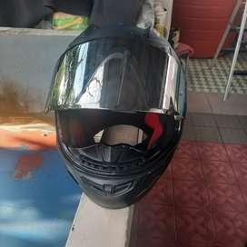 Helm NHK GP 1000