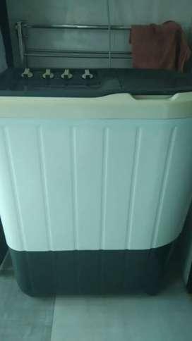 Whirlpool semi automatic 7 kg washing machine