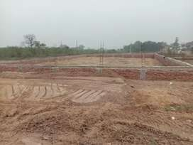 land in maharajpur highway for  sale  best for showroom guest house