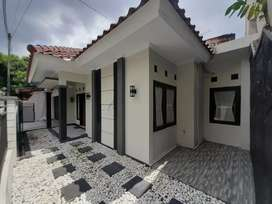 Dijual rumah mewah dekat kampus UGM Yogyakarta