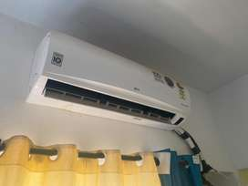 LG Dual Inverter AC 1.5 Ton in Top Condition for Move Out Sale