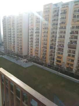 2 bhk sale panchsheel greens 792 sqft