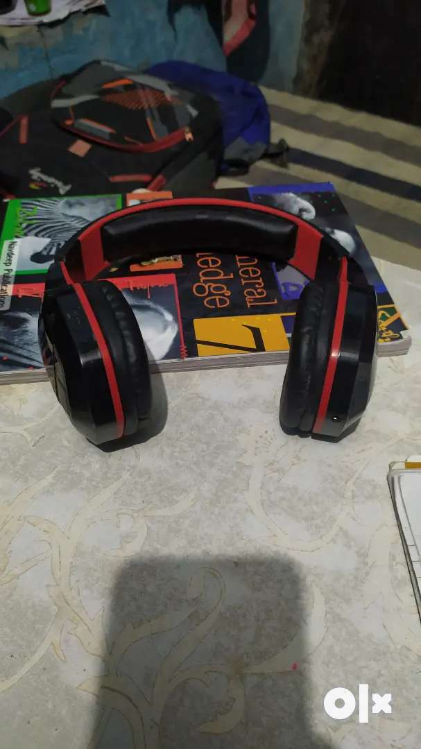 Boat Rockersz 510 Bluetooth headset in good condition  1100Rs me kewal 0