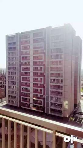Flat For sale/Resale In apollo DB city Indore