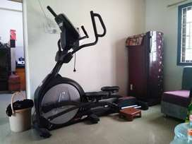Sole E95 elliptical cross trainer with incline cycle Running, exercise