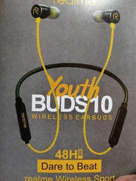 Realme Bluetooth headphones