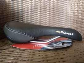 Velo Plush D2 sadel