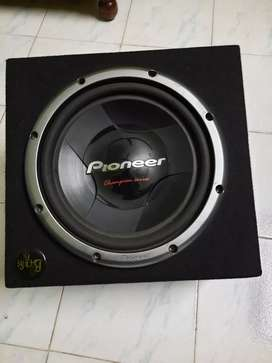 Pioneer Woofer 1000 watts