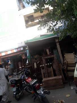 Forsale  Commercial unit shop cum flat with roof Right 13×30 l
