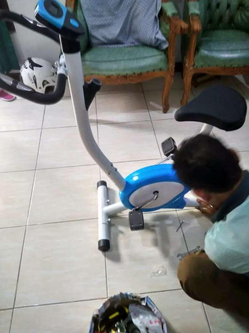 Merk TOTaL fitnes sepeda statis 8215