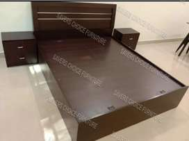 Bed With Side Tables In Gloss Finish