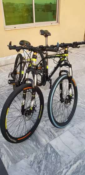 Pair of FOREVER MTB MODEL A2&A5