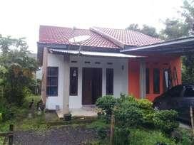 Dijual rumah dengan lokasi yang strategis