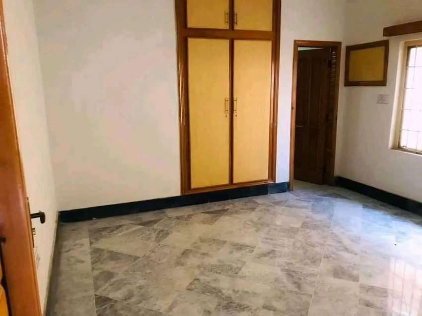 10 mrla upper portion for rent