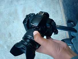Canon DSLR 700d with 18 55
