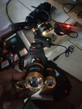 Senter Kepala  T6 10000 Lumens bisa Zoom komplit batarai dan pengecas
