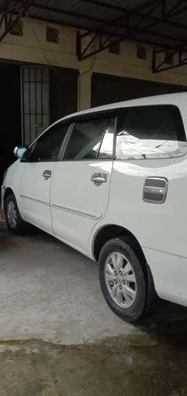 Di jual Toyota Kijang Innova 2.0G