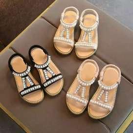 Sandal bidadari kecil dgn desain mutiara