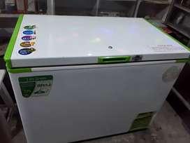 Rockwell deep fridger 350 ltr