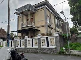Rumah mewah jalan palagan