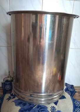 Stainless steel water tank 30 lit capacity