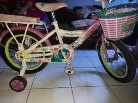Sepeda FROZEN disney