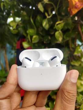 NEW AIRPODS PRO ORIGINAL AT 19000NLY   ORIGINAL COST IS 25000