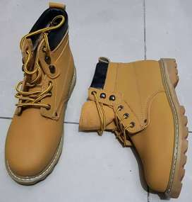 Steel-toe Safety Shoes