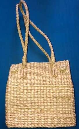 Styles ladies handbag