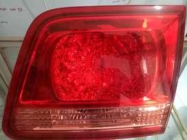Lampu belakang ORIGINAL Fortuner Rear Stop Lamp