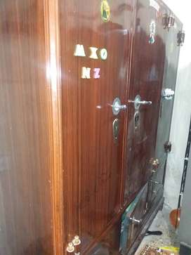 Wardrobe for sale in good condition