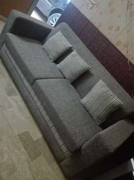 Newly purchase kia hua sofa for sell
