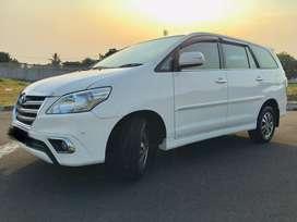 harga cash Toyota Grand innova V 2.0 bensin 2015 AT super white