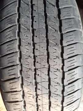 Ban new fortuner R 18 - 265 60 copotan . Bridgestone 2 bj