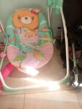 1 set tempat tidur kayu dan ayunan bayi