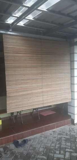 Jual penghalang teras,tirai bambu,rotan dan kayu
