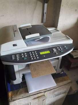 Printer multifungsi HP laserjet m1522nf