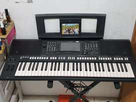 keyboard Yamaha PSR 775 beli jln 2 thn, kondisi mulus