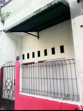 Disewakan Rumah 2 Lantai Sunter Jaya