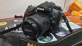 Nikon D7000 DSLR for sale with 18-55lens