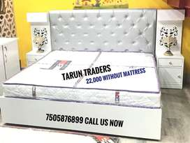 Brand new king size double bed avilable at unique price