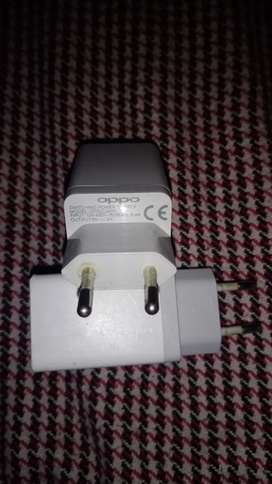 OPPO CHARGER BOX OUT 100%