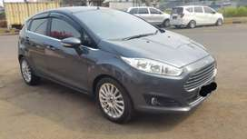 Ford Fiesta 1.5 sport th 2014 tt yaris,,jazz,avansa,grand avega