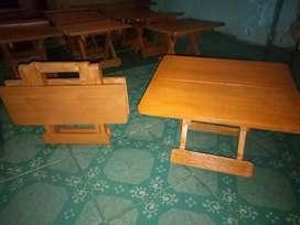 Meja lipat bahan kayu (plitur)