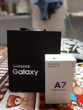Samsung A7 Triple camera
