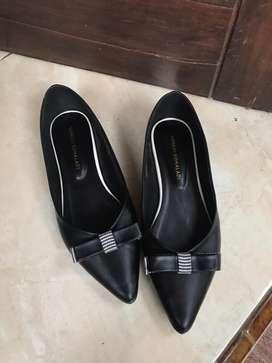 Sepatu Yongki Komaladi New