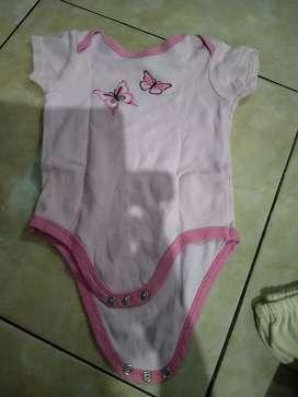 Jumpsuit pendek bayi